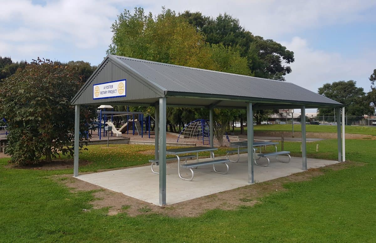 Foster Oval shelter